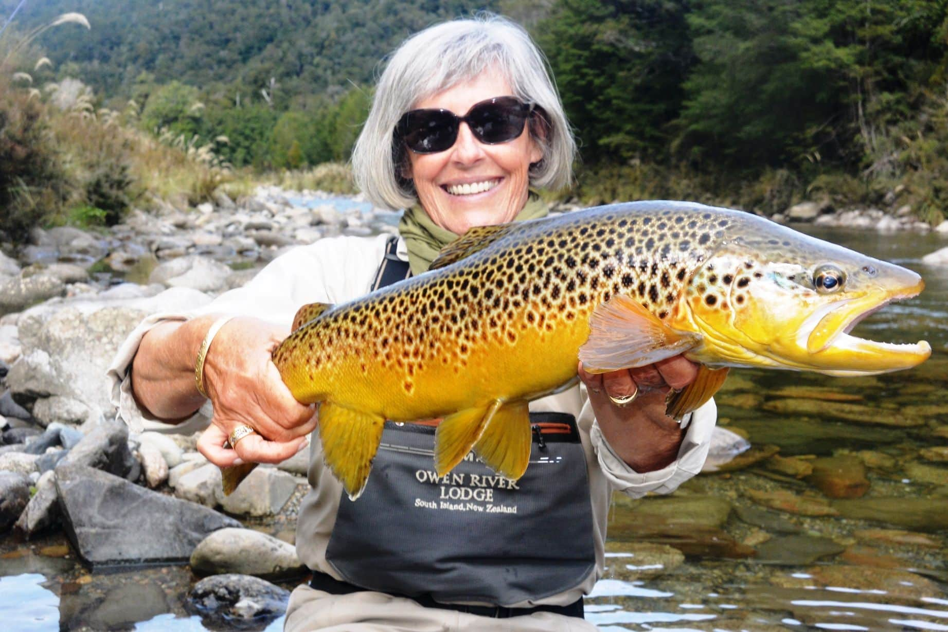 Fly Fishing New Zealand (plan your dream trip!)
