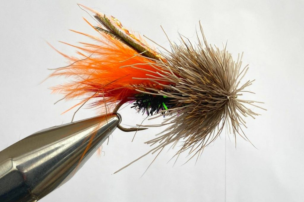 How to tie the Muddler Minnow Fly step 8