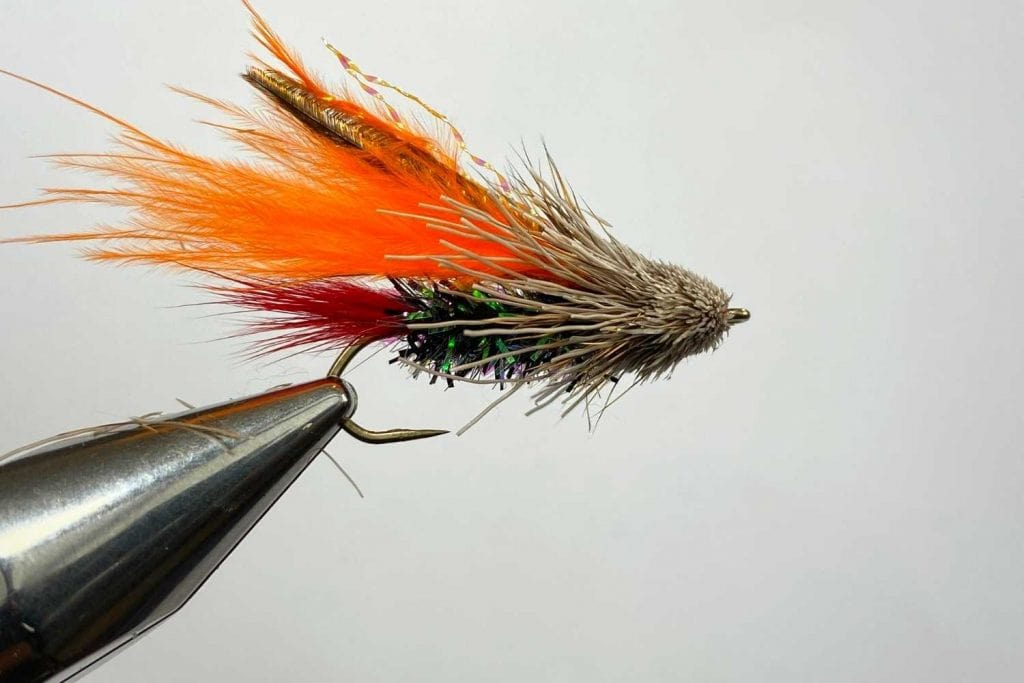 how to tie the Muddler Minnow fly wrap up