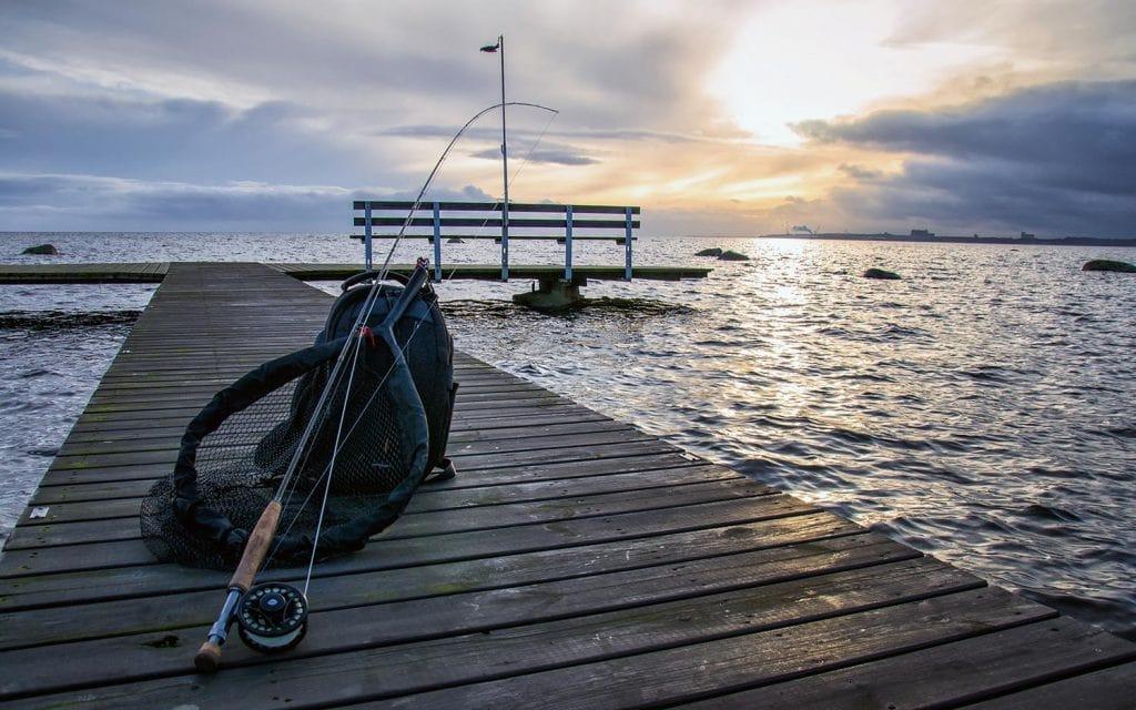 winter fishing gear tips